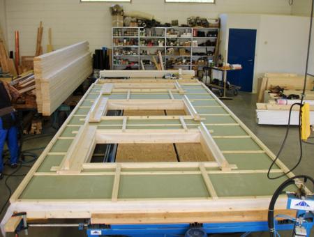 Produksjon av veggelement til hus i Valdres